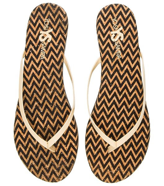 Yosi Samra Roee zig zag flip flop in beige - Patent leather upper with rubber sole. YOSI-WZ169. WRO...