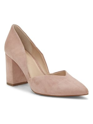 1.State selim pointed toe pump