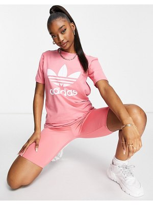 Adidas Originals adicolor large logo t-shirt in hazy rose-pink