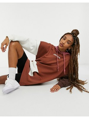 Adidas Originals 'cozy comfort' fleece oversized hoodie dress in colorblock-brown
