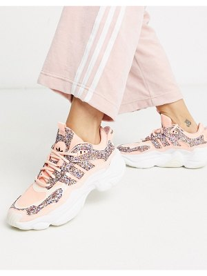 Adidas Originals magmur runner in pink glitter