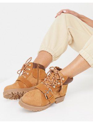 ASOS DESIGN angelo lace up hiker boots in sand-beige