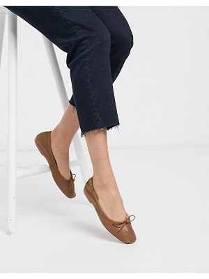ASOS DESIGN layer leather bow ballet flats in tan