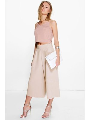 BOOHOO Arianna Pleat Front Wide Leg Tailored Culottes