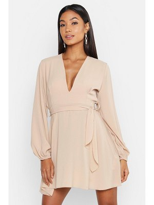 Boohoo Belted V Neck Shift Dress
