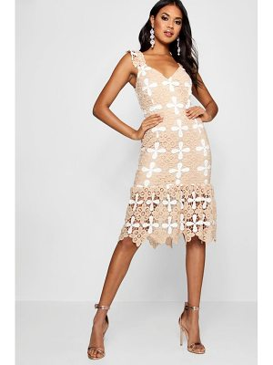 BOOHOO Boutique Tabby Crochet Frill Hem Midi Dress
