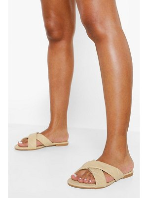 Boohoo Crossover Quilted Mule