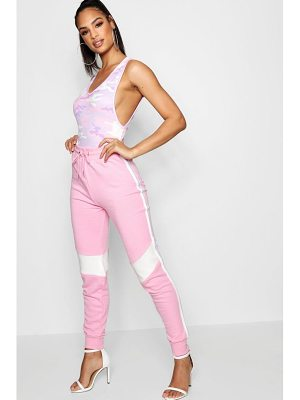 Boohoo Laura Contrast Sports Stripe Pastel Jogger