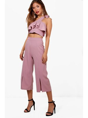Boohoo Liz Frill Top and Split Front Culotte Co-ord Set
