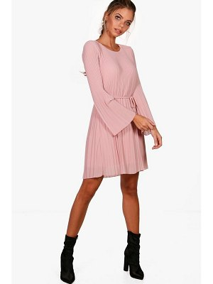 Boohoo Pleated Shift Dress