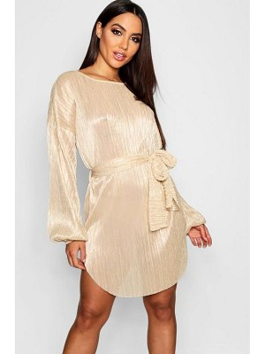 Boohoo Plisse Blouson Sleeve Belted Dress