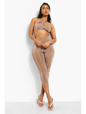 Boohoo Recycled Exposed Seam Peddle Pushers