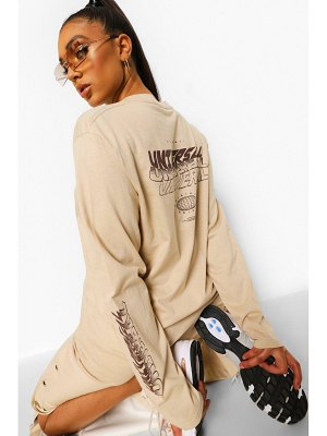 Boohoo Universal Print Oversized Long Sleeve T-Shirt