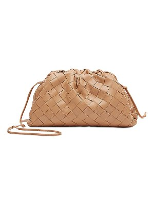 Bottega Veneta The pouch 20 intrecciato leather clutch