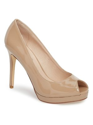 CHINESE LAUNDRY Fia Peep Toe Pump