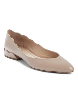 Chloe laurena scalloped flat