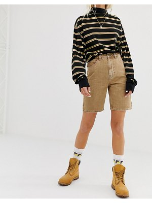 Collusion long line denim shorts in sand-beige
