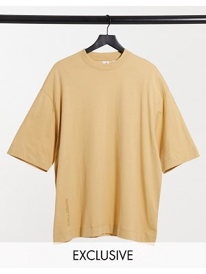 Collusion super oversized t-shirt with logo in camel-brown
