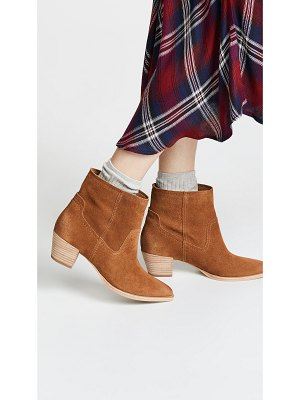 Dolce Vita kodi point toe boots