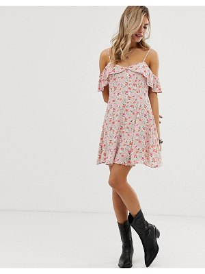 En Cr me en creme floral swing dress with cold shoulder ruffle detail