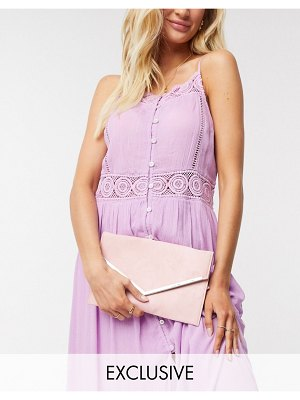 Glamorous exclusive envelope clutch bag with detachable chain in pale pink