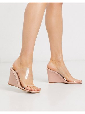 Glamorous wedge sandal with clear upper in pink mock croc