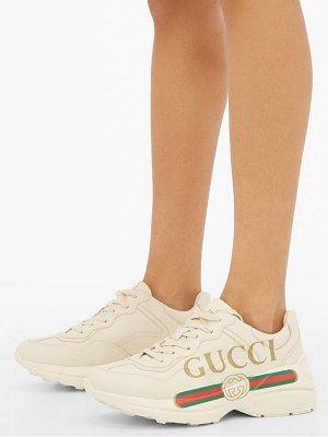 Gucci rhyton logo print leather trainers