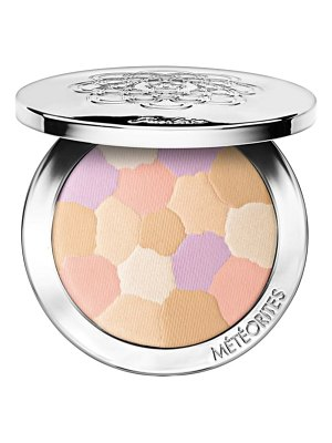 Guerlain meteorites illuminating compact powder