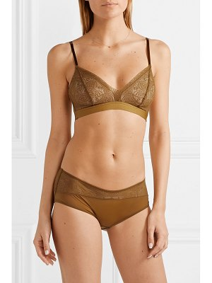 Hanro moa lace and stretch-tulle soft-cup triangle bra