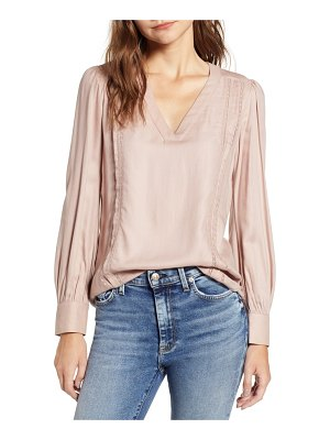 Hinge lace stripe v-neck blouse