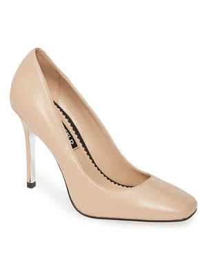 KARL LAGERFELD PARIS maki pump