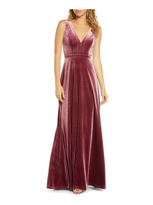 Lulus besame beautiful night v-neck velvet gown