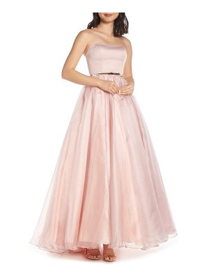 Mac Duggal strapless belted evening dress