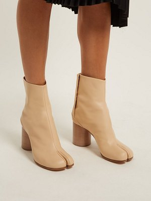 MAISON MARGIELA Tabi Split Toe Leather Ankle Boots