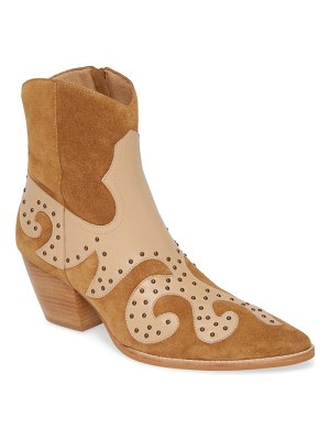 Matisse could be western boot