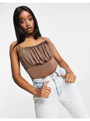 MISSGUIDED ruched bodysuit in camel-brown