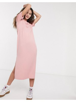 Monki exclusive isabella jersey midi t-shirt dress with side split in rose-pink