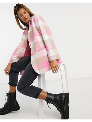 Monki grace plaid print blazer in pink