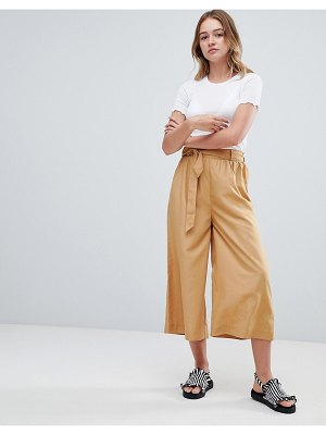 Monki tie front cropped pants in sand