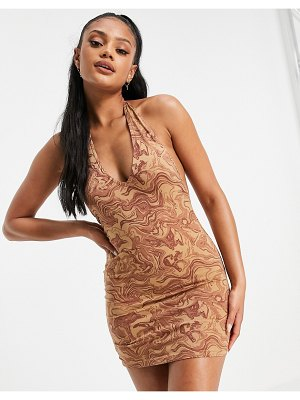 Motel halterneck body-conscious dress in marbled print-brown