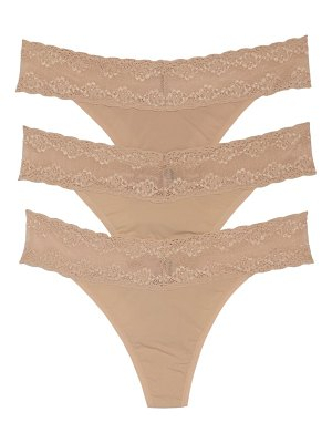 Natori bliss perfection lace trim thong