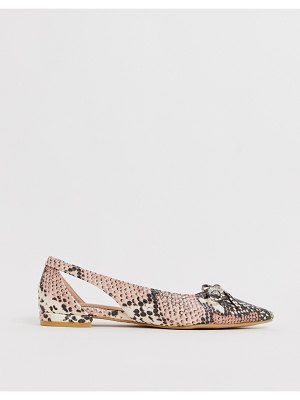 New Look pointed loafer in pink snake