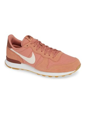 Nike 'internationalist' sneaker