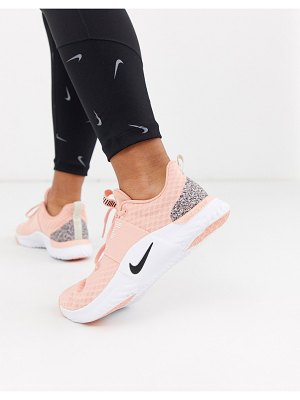 Nike Training renew tr 9 with glitter panel-pink