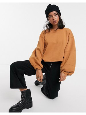 Noisy May oversized balloon sleeve sweatshirt in brown