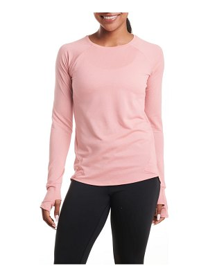 OISELLE flyout long sleeve performance shirt
