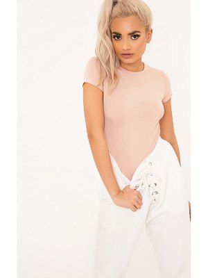 PrettyLittleThing basic crew neck fitted t shirt