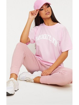 PrettyLittleThing brooklyn slogan oversized t shirt