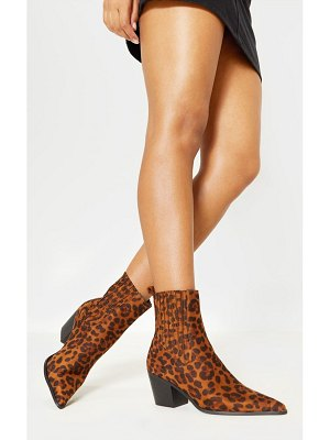 PrettyLittleThing chelsea western ankle boot