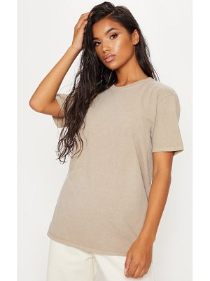PrettyLittleThing deep stone washed t shirt